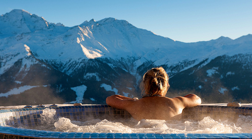 mountain hot tub.jpg